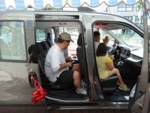 L'auto donata dalla famiglia Tinuper